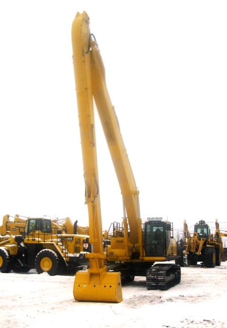 Excavators - Long Stick and Zero Swing Rentals
